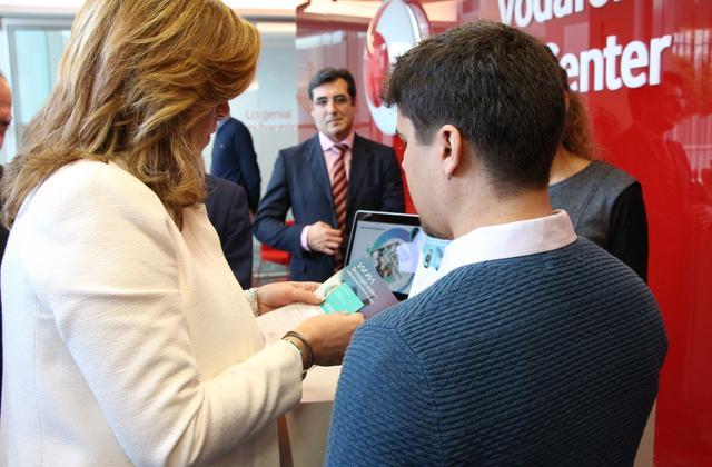 Se ve a la presidenta Susana Diaz y Antonio Sanchez