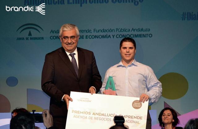 Premio Andalucía Emprende a Hearing Software y Senda. Antonio Sánchez